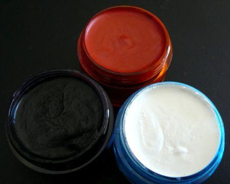 Maquillage halloween pots ouverts