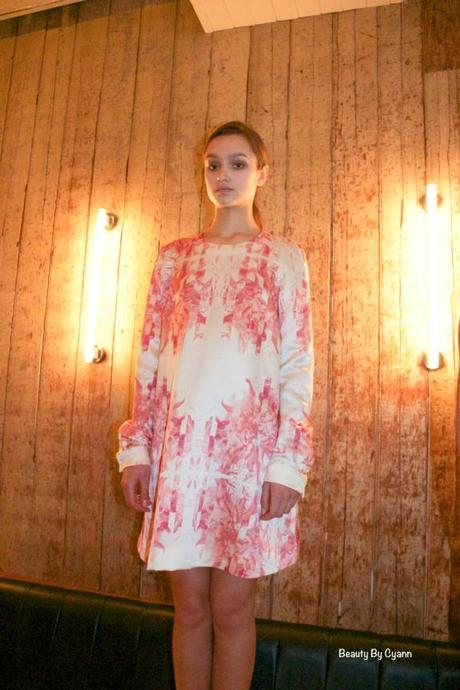Robe blanche à motifs Caslazur-Automne-Hiver-2014