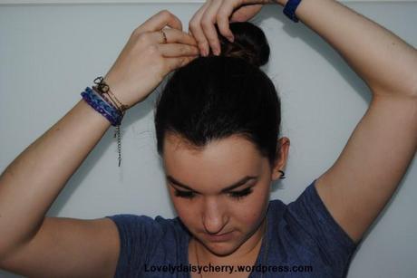 Tuto coiffure simple : Chignon avec un donut - Paperblog