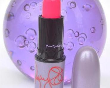 Kelly Yum-Yum de Mac , ou le rouge à lèvres tout en discrétion