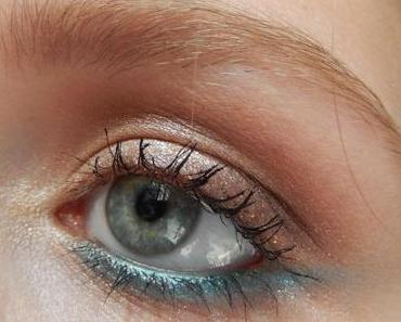 {Summer Hit} Underliner turquoise