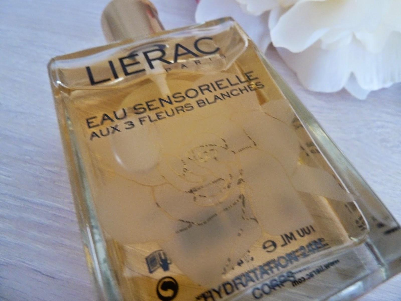 Un sillage sensuel et délicat avec l' Eau Sensorielle aux 3 fleurs blanches - LIERAC