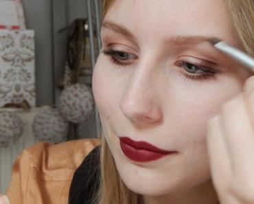 De l'importance des sourcils maquillés
