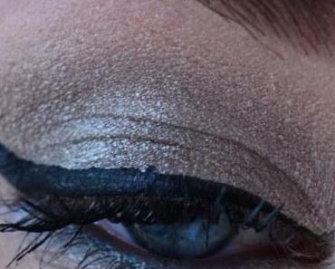 Retour en Force de la Naked 2 : Makeup Lumineux