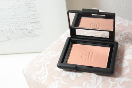 Candid Coral, le joli blush lumineux par E.L.F!