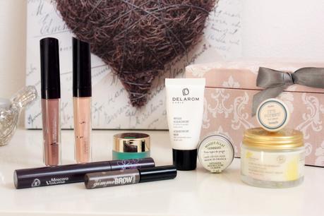 Fards à paupières, rouges à lèvres, crèmes, etc ... Combien de temps se conservent nos cosmétiques?