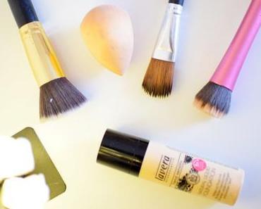 Les différentes façons d'appliquer son fond de teint liquide