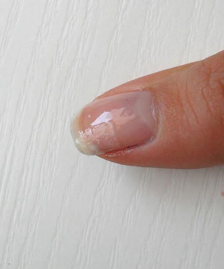 *** Astuce *** Comment réparer un ongle cassé!