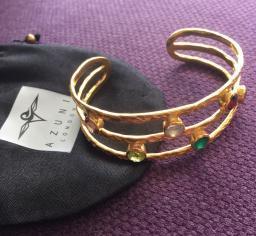 Les bijoux Azuni, l'élégance londonienne !