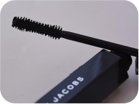 mascara-velvet-noir-marc-jacobs-4