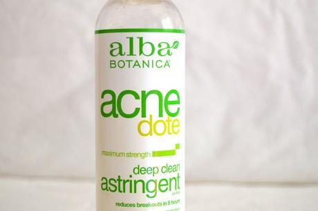 Lotion anti-acné // Alba Botanica