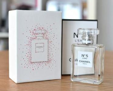 Revue : N°5 L'eau, Chanel