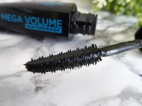 Mascara Mega Volume Miss Manga Punky Waterproof, peut mieux faire !