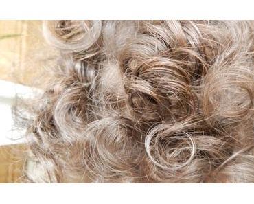 La  ' routine cheveux ( court ) bouclé ' au Naturel de ma fille de 2 ans