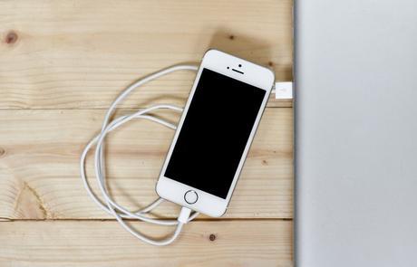 Acheter ou louer son portable, 3 questions pour bien choisir !