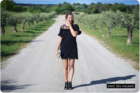 La petite robe noire à volants