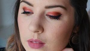Glitter Ochre Makeup {Desert Dusk Huda Beauty}