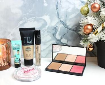 Holidays Trip Makeup Bag 🎄🗽 | Ce que j'emmène à New York