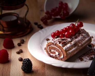 Bûche de Noël roulée à la mousse au chocolat croquante