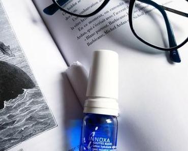 La fille qui s'hydrate les yeux : les gouttes bleues d'innoxa
