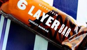Revue layer bars chez protein (barres protéinées couches)
